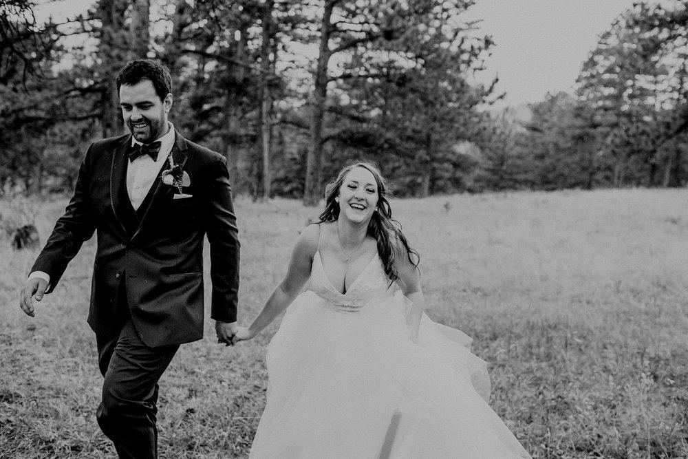 mountain-and-mood-destination-wedding-photographer-colorado-washington-weddings_0062.jpg