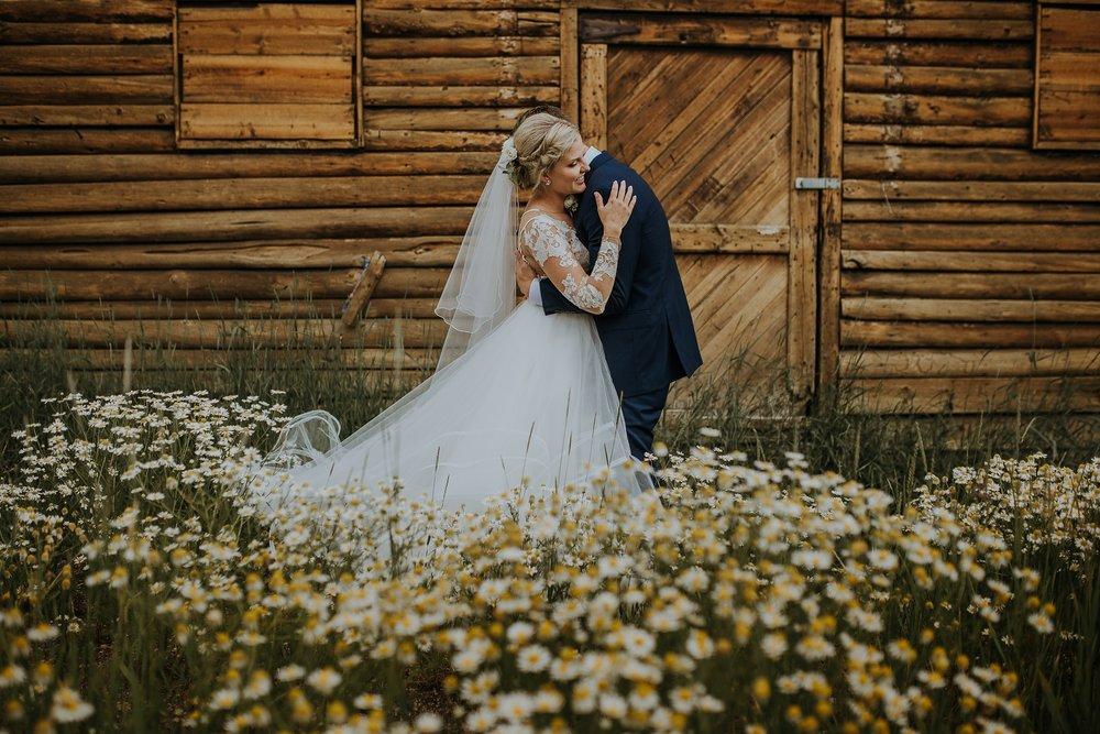 mountain-and-mood-destination-wedding-photographer-colorado-washington-weddings_0068.jpg