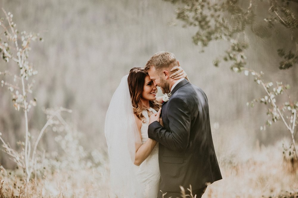 mountain-and-mood-destination-wedding-photographer-colorado-washington-weddings_0074.jpg