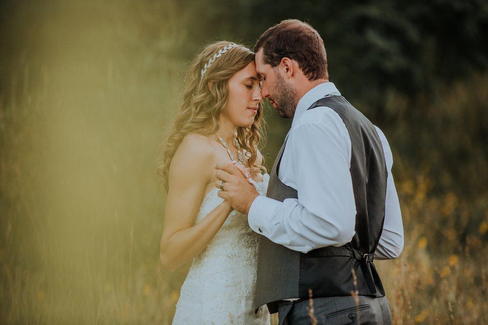 mountain-and-mood-destination-wedding-photographer-colorado-washington-weddings_0075.jpg