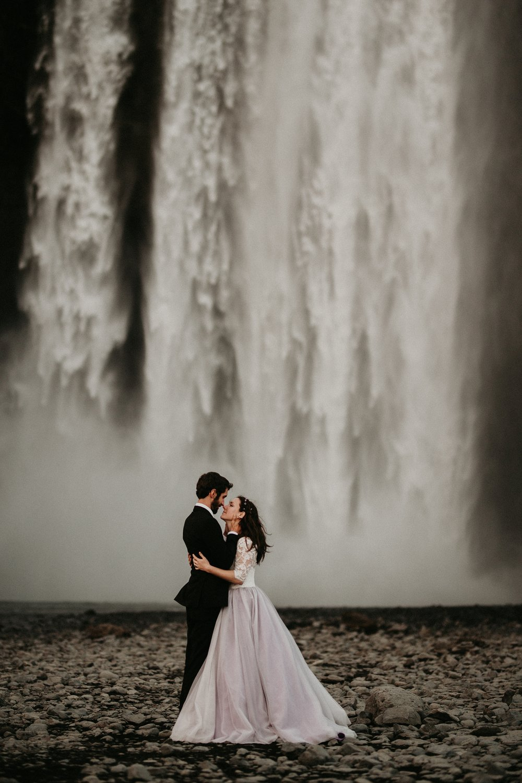 mountain-and-mood-destination-wedding-photographer-colorado-washington-weddings_0076.jpg