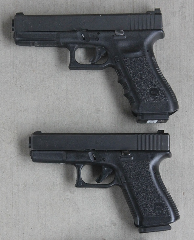 Glock 17 (top) and Glock 19 (bottom)