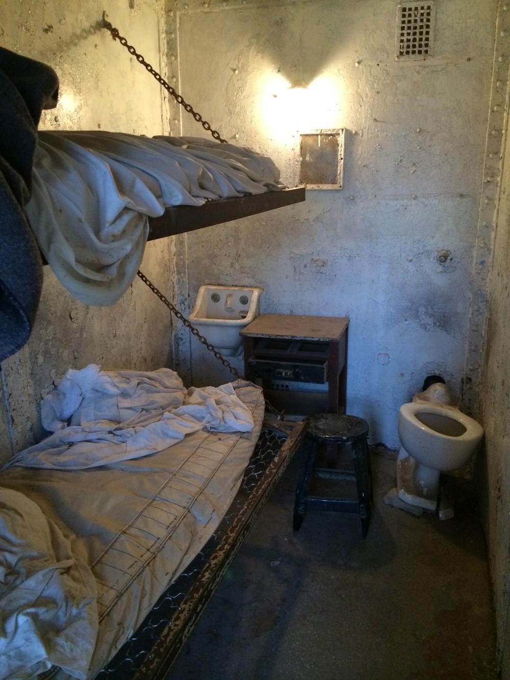 19 - inside cell.jpg