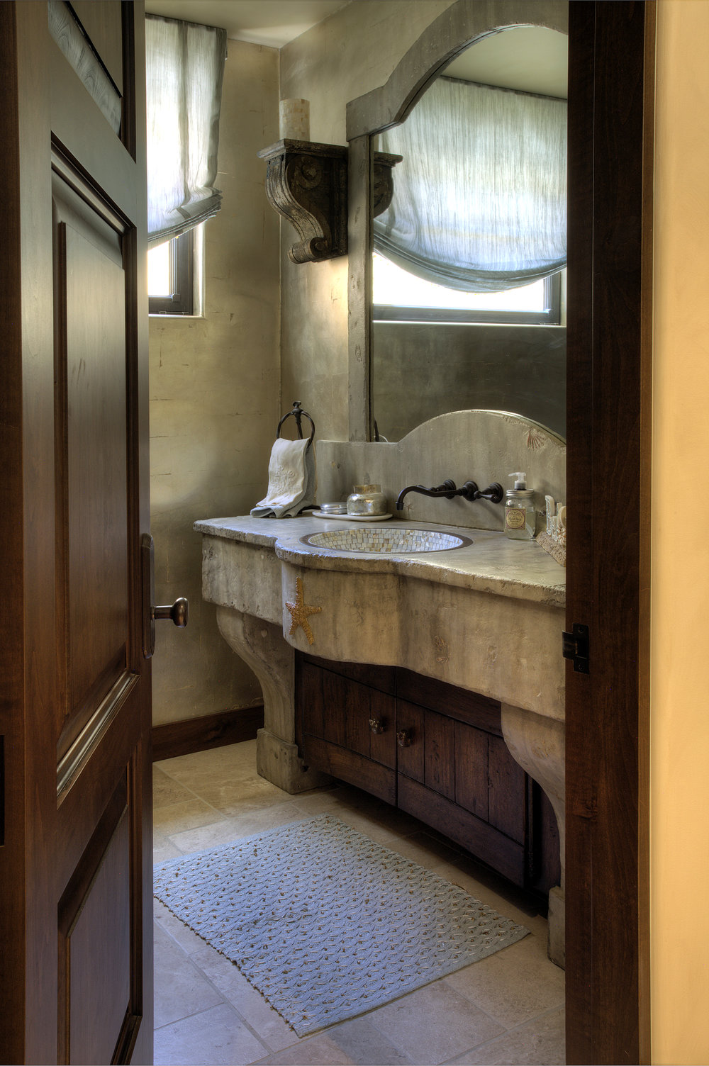 Powder Room 1 (2).jpg