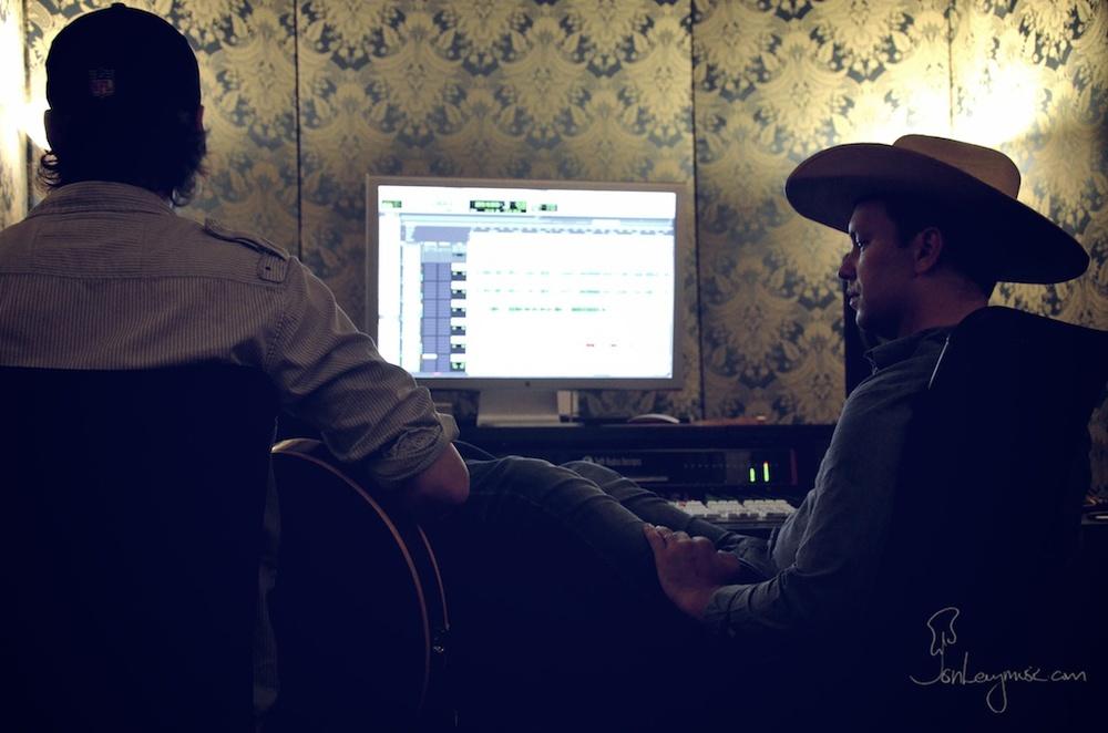 Rory_Sullivan_Album_10_Jon_Justin.jpg