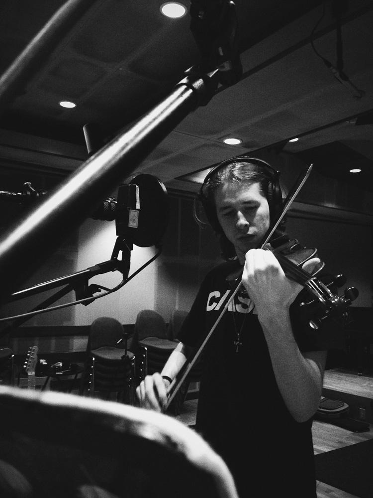 15_Audacious-Terrain_Steve-Fox_Jon-Levy_Jon-violin.jpg