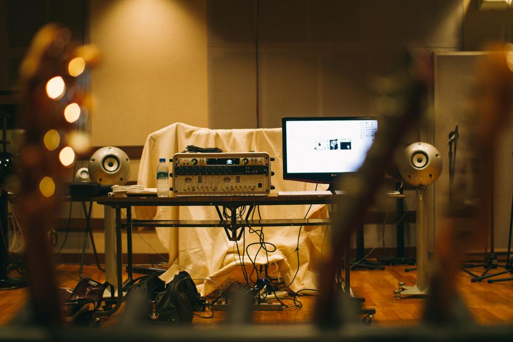 18_Audacious-Terrain_Steve-Fox_Jon-Levy_studio.jpg