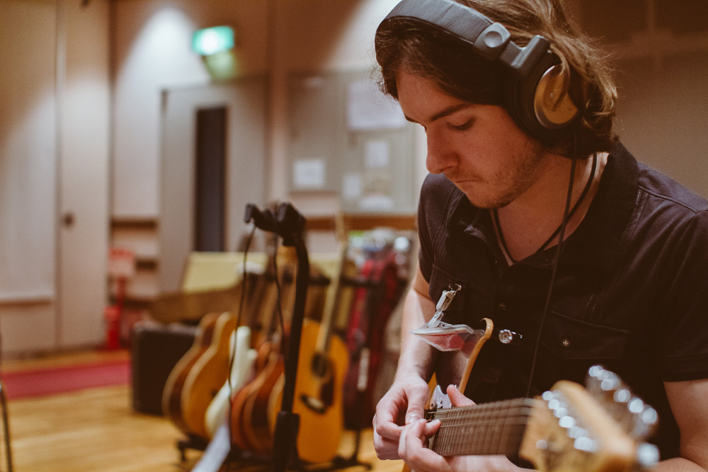 31_Audacious-Terrain_Steve-Fox_Jon-Levy_Timothy-Reid-Guitar.jpg