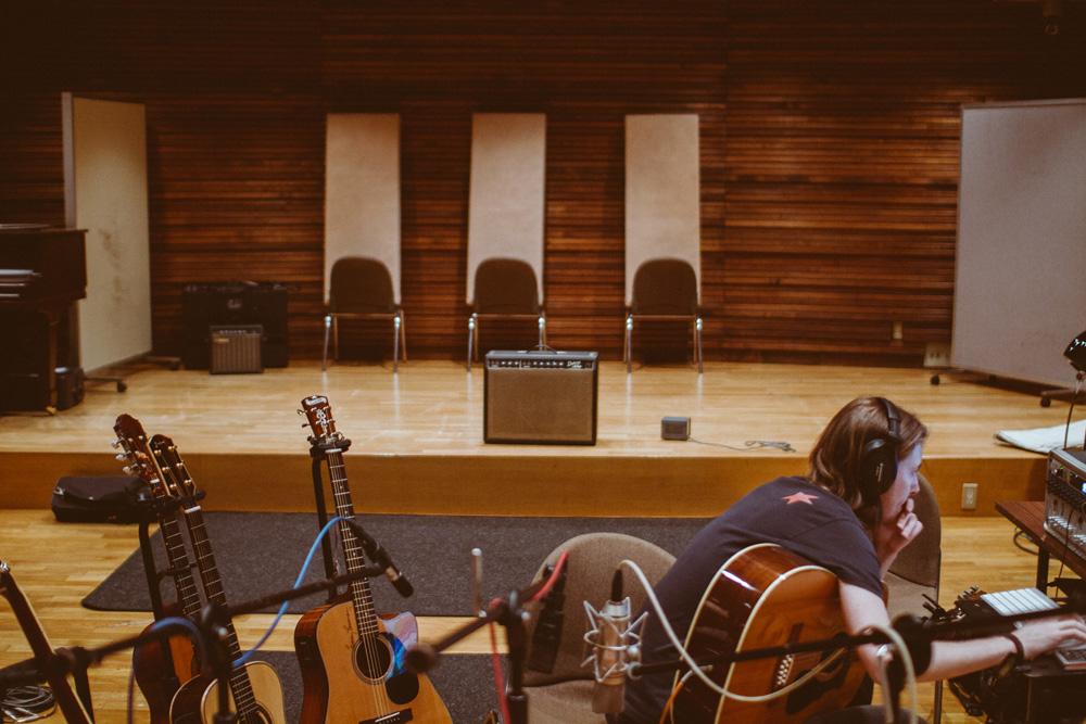 35_Audacious-Terrain_Steve-Fox_Jon-Levy_Jon-AcousticGuitars.jpg