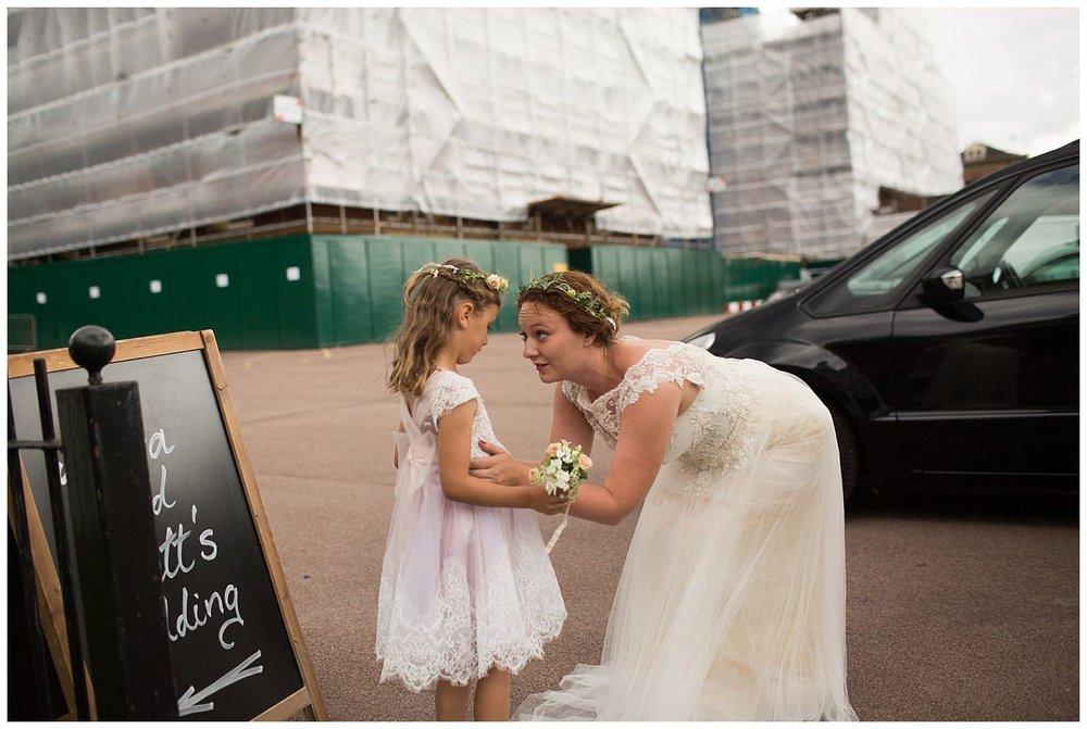 natural-wedding-photographer-london-17.jpg