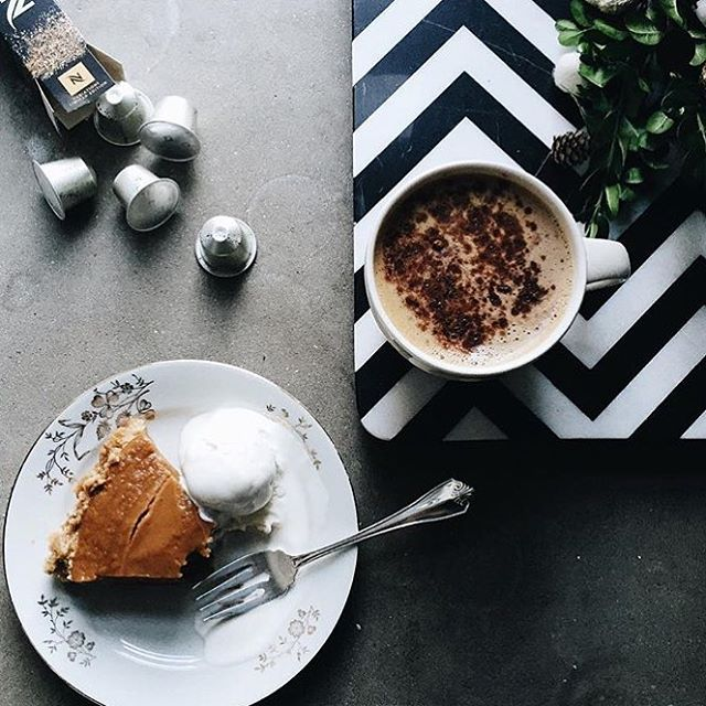 Read for thanksgiving? We've got everything you need, including lots of pie on the blog today! #pie #thanksgiving #yes