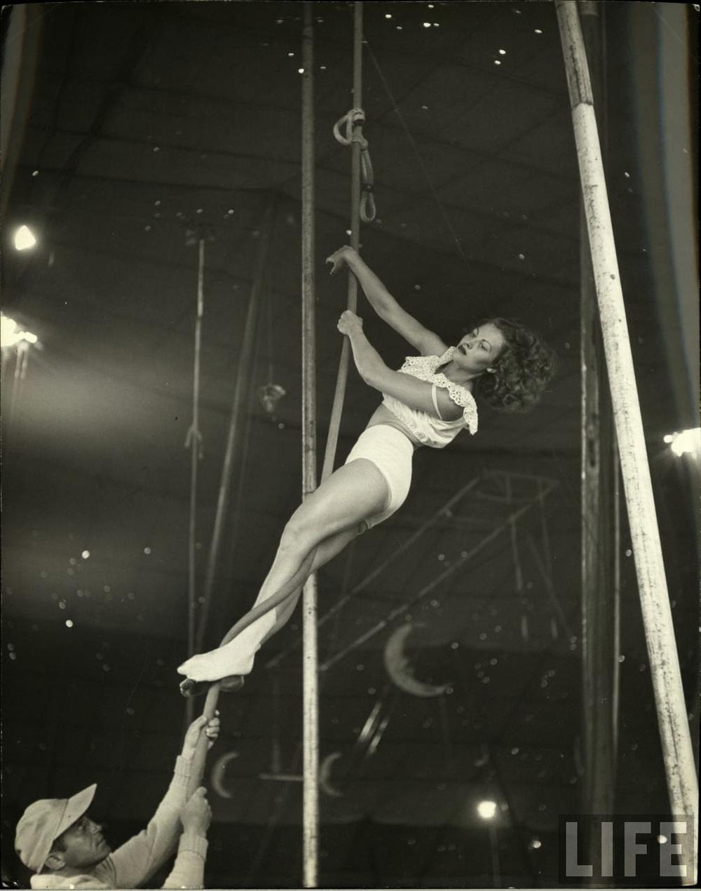 Daily Life of Circus Girls in Sarasota, Florida, ca. 1949 (1).jpg