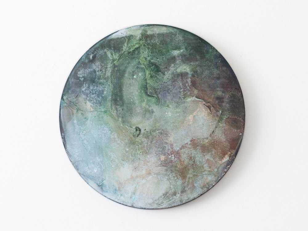 2016  Acrylic ,mineral pigment powder and metallic powder on board  27.2cm diameter