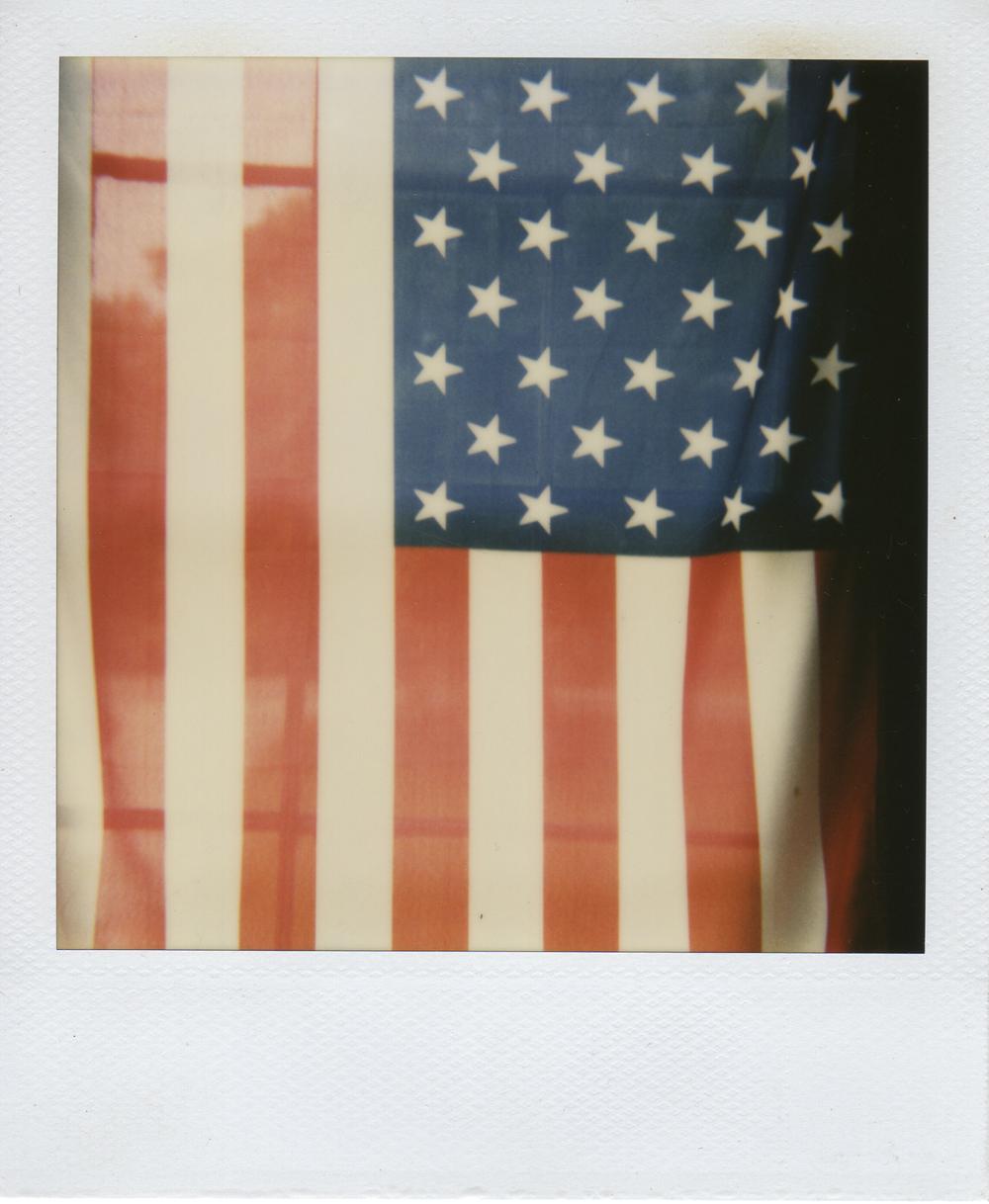 jlaurence-polaroid-128.jpg