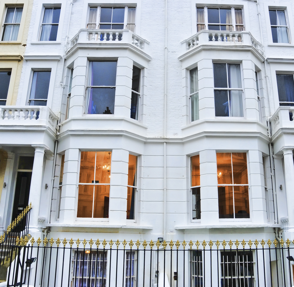 Un fantastico ritratto della facciata dell'edificio del nostro ostello a Londra.