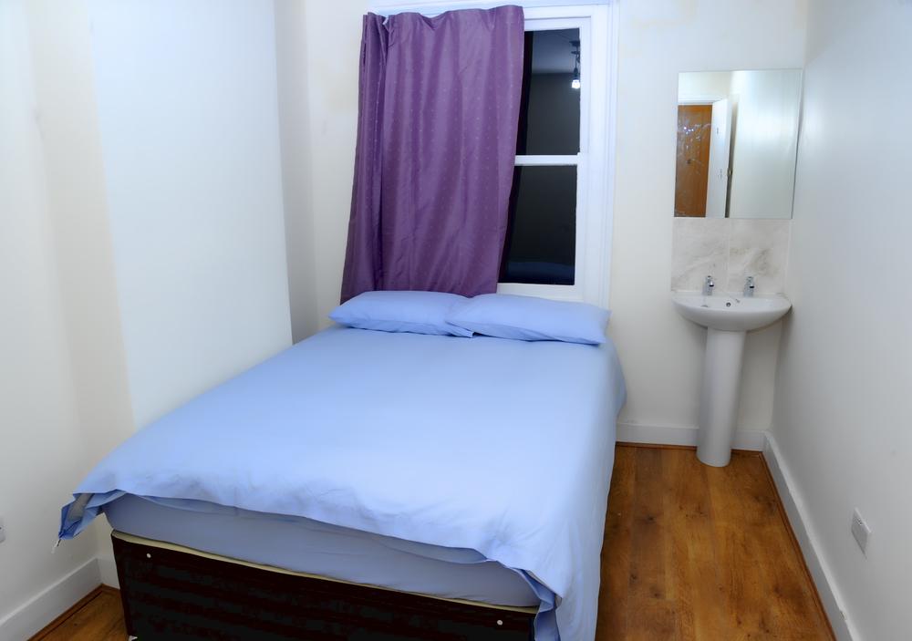 Nessun hotel né ostello a Londra potranno mai competere con la qualità che offriamo al prezzo che la offriamo - come per esempio quella di questa camera doppia!