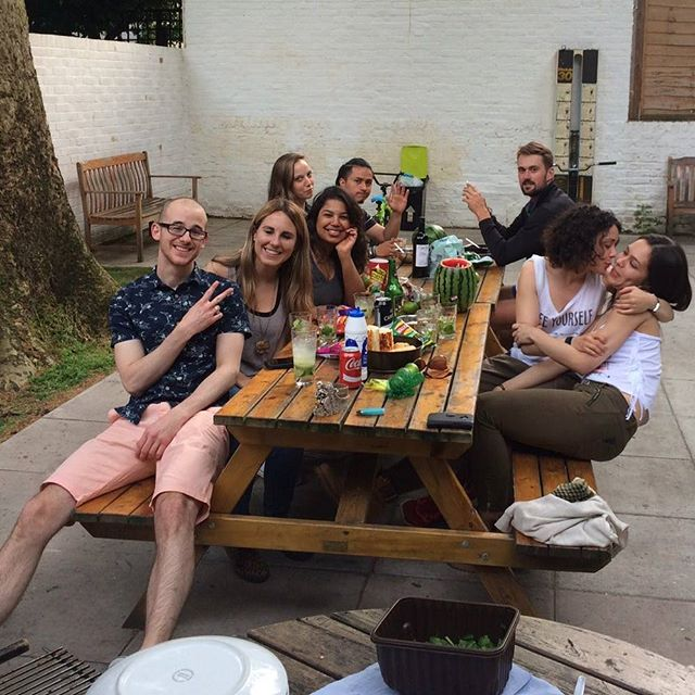 Spring/ Summer BBQ . . . #Hostel #stjamesbackpackers  #BBQ #Guest #Summer #Spring #London #LindonLife #Girls #hostel  #hostellife  #Instatravel #backpackers  #travel  #travelling  #LondonHostel