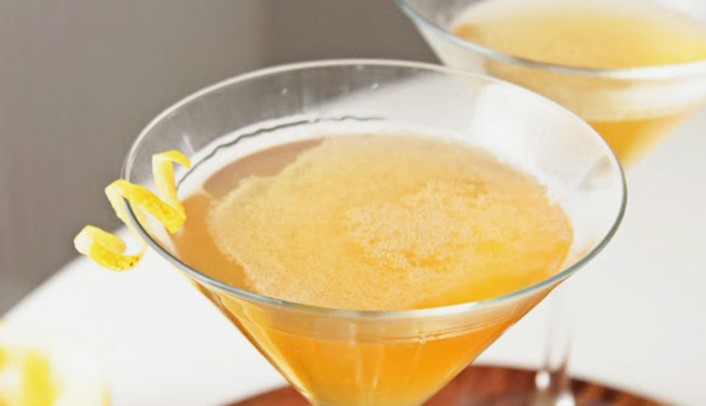 Drink a LIQUID GOLD cocktail at Bacchus