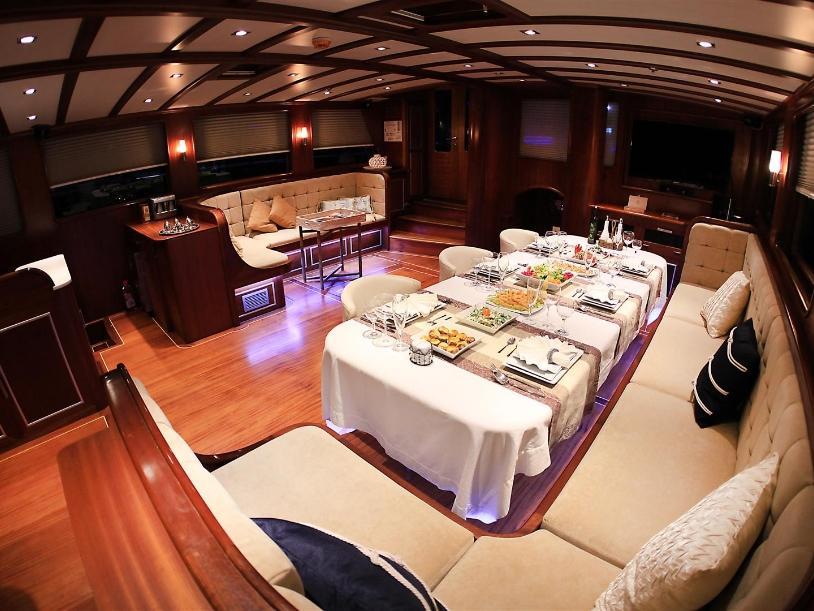 DINNER TABLE BEING PREPARED - MS ESTRELLA DE MAR