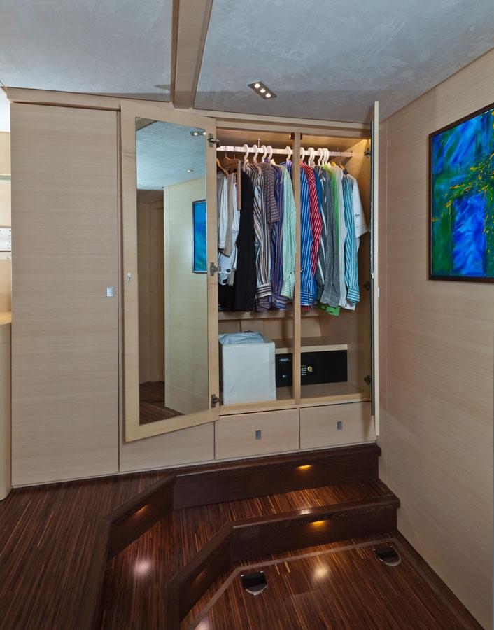 gulet-merlin-interiors (2).jpg