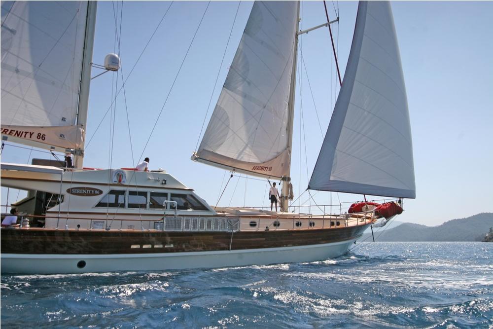 SERENITY 86 - Sailing 10.JPG