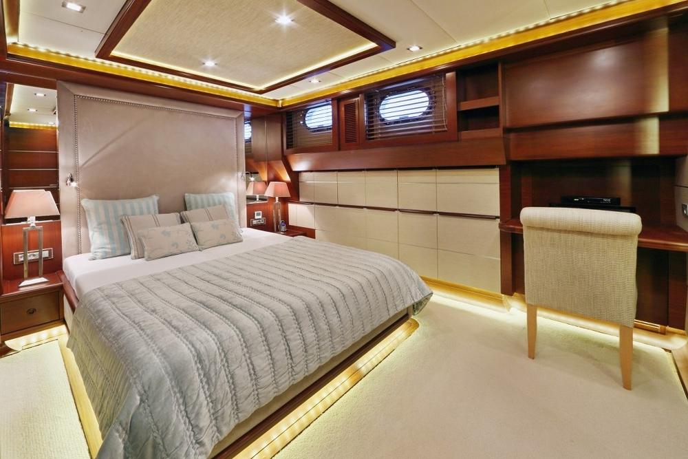 guest_cabin_4.jpg