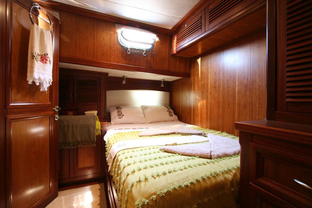 FREYA - Starboard Side Double Cabin (1).JPG