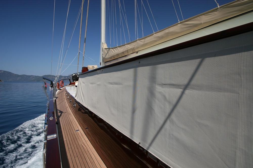 SCHATZ - Side Deck.JPG