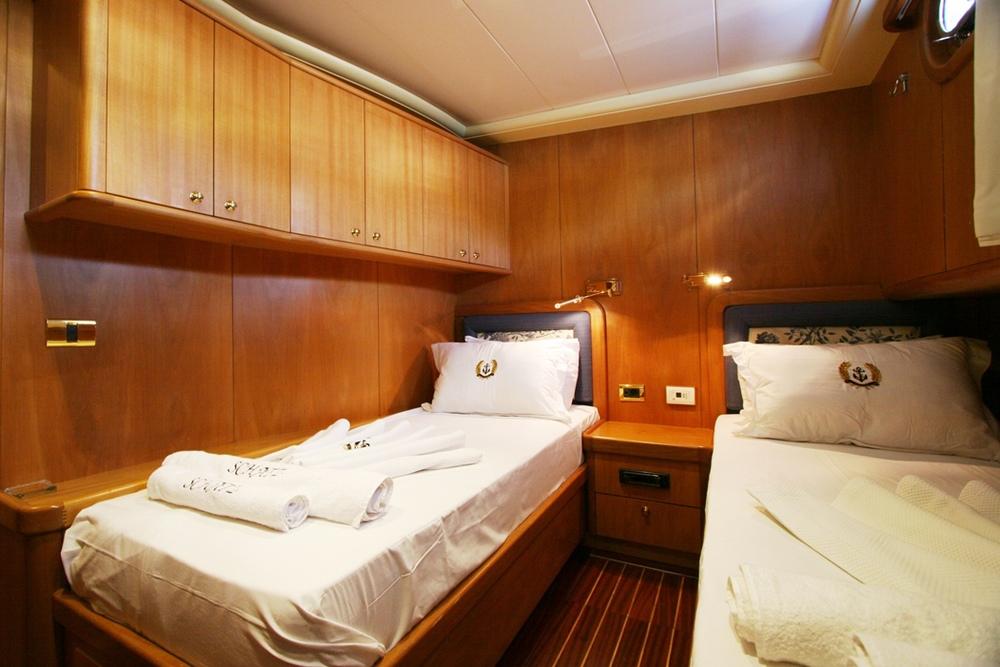 SCHATZ - Twin Cabin (1).JPG