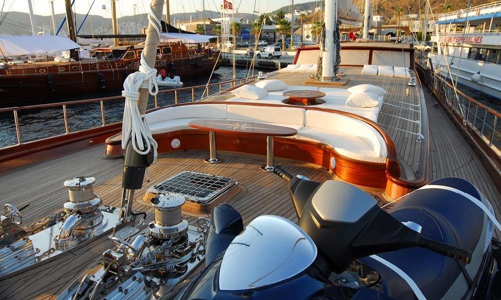 golden-yachting_luxury-yacht-charter-turkey--deluxe-yacht-charter-turkey-bodrum--gulet-carpe-diem-iv-6-WGRQTJ2E.jpg
