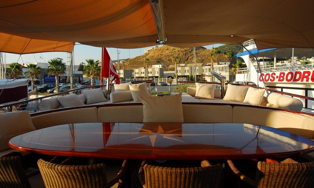 golden-yachting_luxury-yacht-charter-turkey--deluxe-yacht-charter-turkey-bodrum--gulet-carpe-diem-iv-7-A90FH8K5.jpg