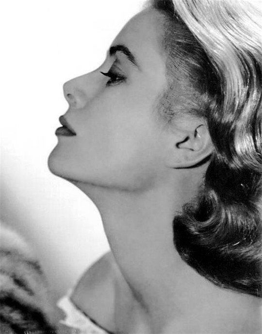 GraceKelly-photo05-540.jpg