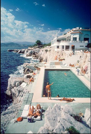 Hotel du Cap Eden Roc, Antibes, France August 1969;   Slim Arons/Hulton Archive/Getty Images
