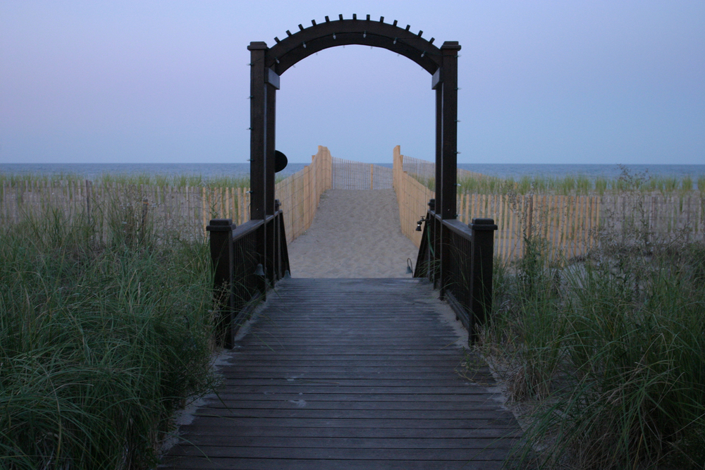 Bethany Beach, Delaware, August 2008.   (Photograph by Michael Riddle. )