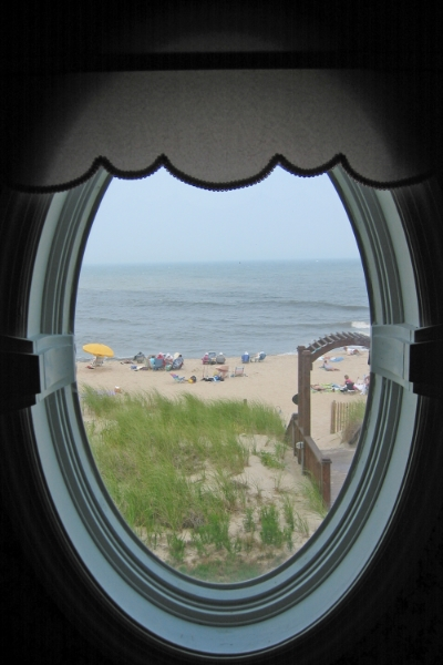 Bethany Beach, Delaware, July 2003.    (Photograph by Michael Riddle.  )