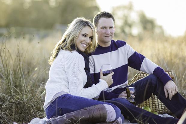 Engagement session picnic