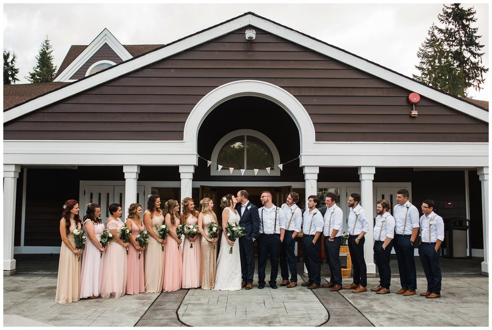 Enumclaw_Wedding_Photographer (16).jpg