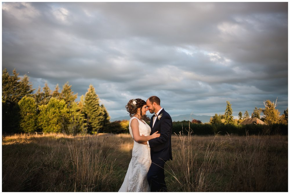 Enumclaw_Wedding_Photographer (28).jpg