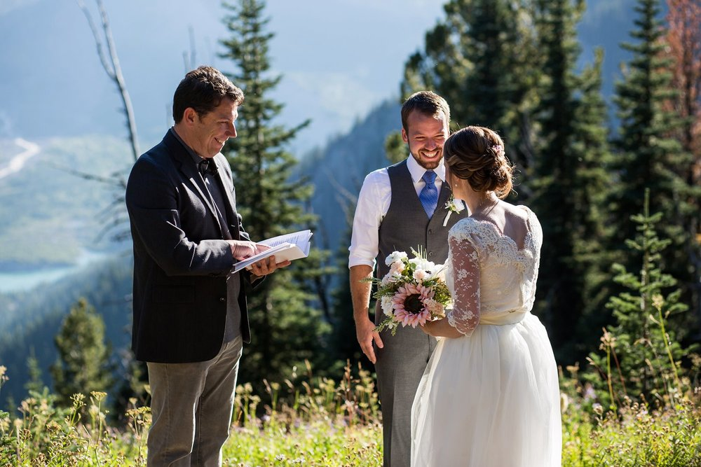 Mt_Rainier_Elopement_Photographer (3).jpg