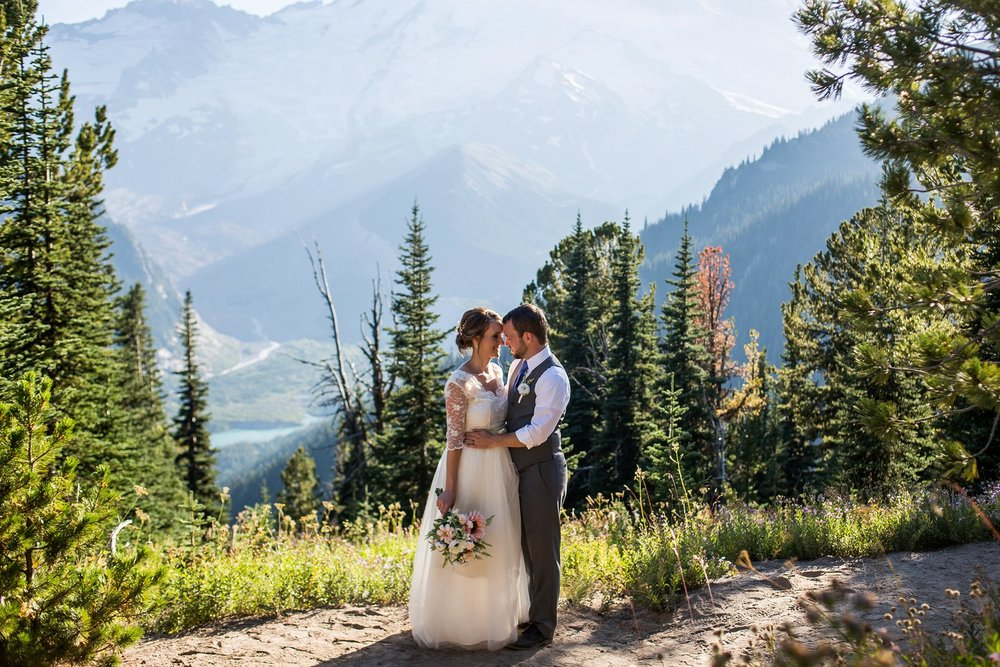 Mt_Rainier_Elopement_Photographer (5).jpg