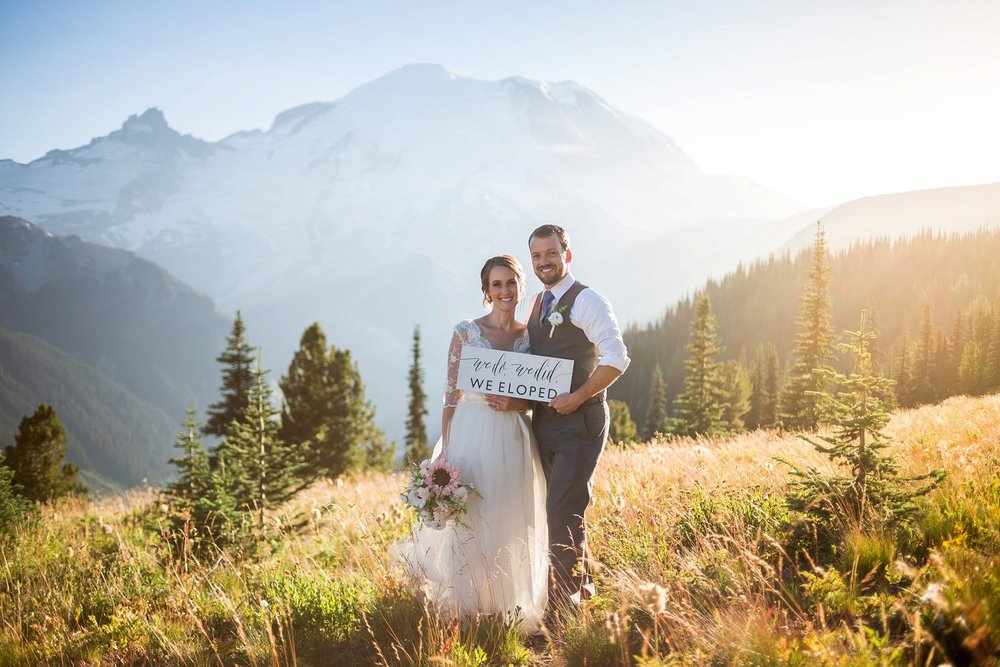Mt_Rainier_Elopement_Photographer (9).jpg