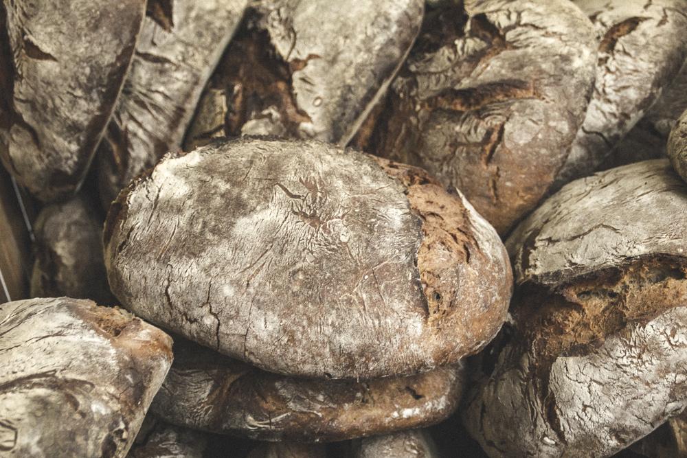 Pan do Seixo Loaves ©2013 Helena McMurdo