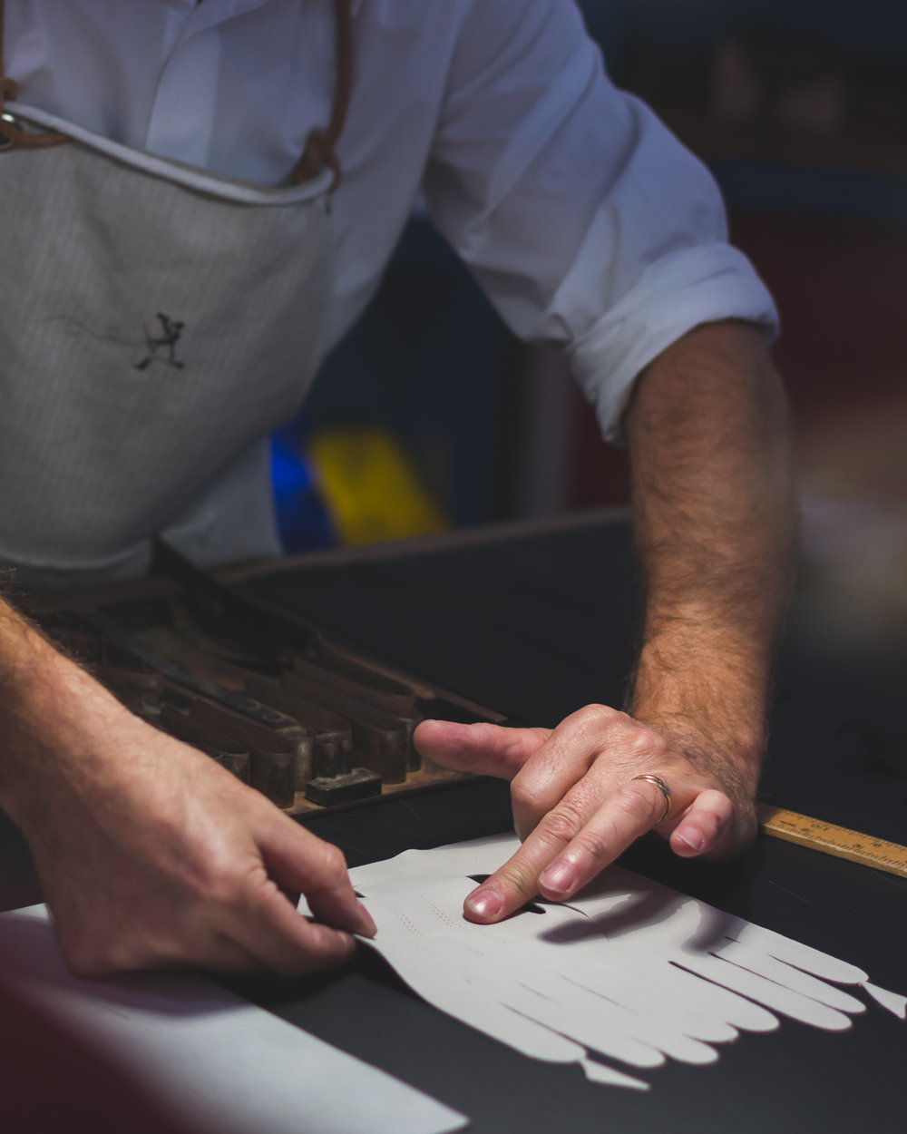 Hermès Glovemaker at work. Photo: Helena McMurdo