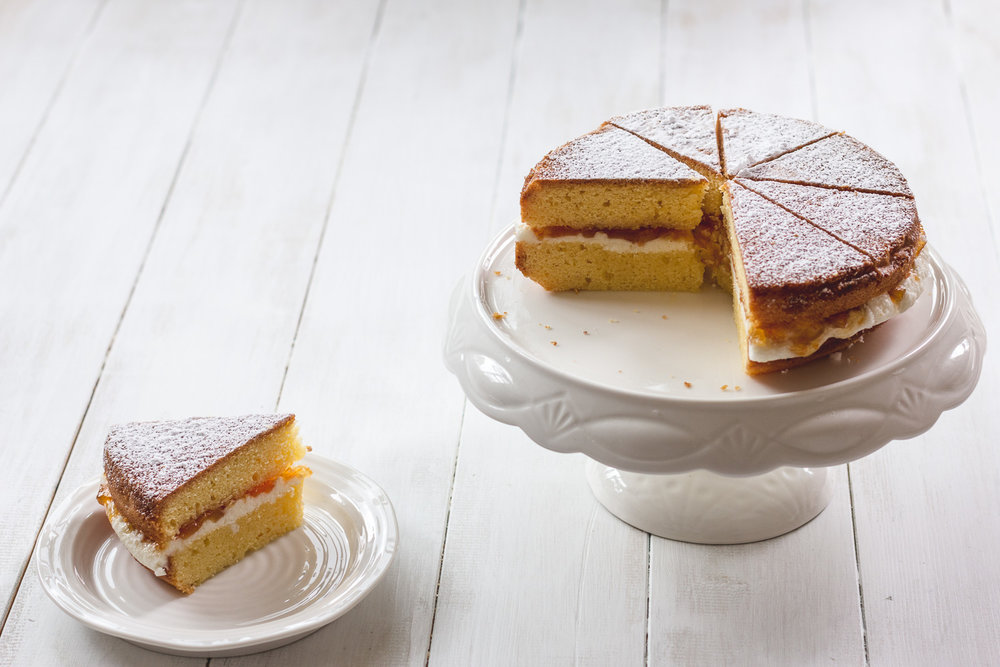 Marmalade Victoria Sponge. Photography and Styling by Helena McMurdo, My Endless Picnic.