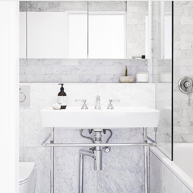 Extreme #marble #tiles #bathroomstyle shoot for the incredible #interiors man @davearbib