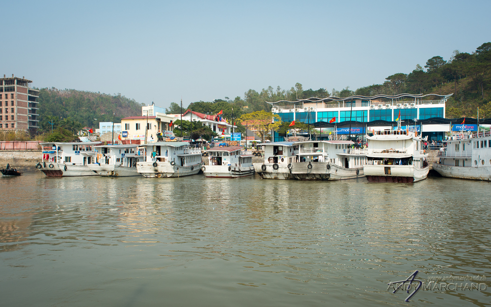 Ha Long Bay tourist boats