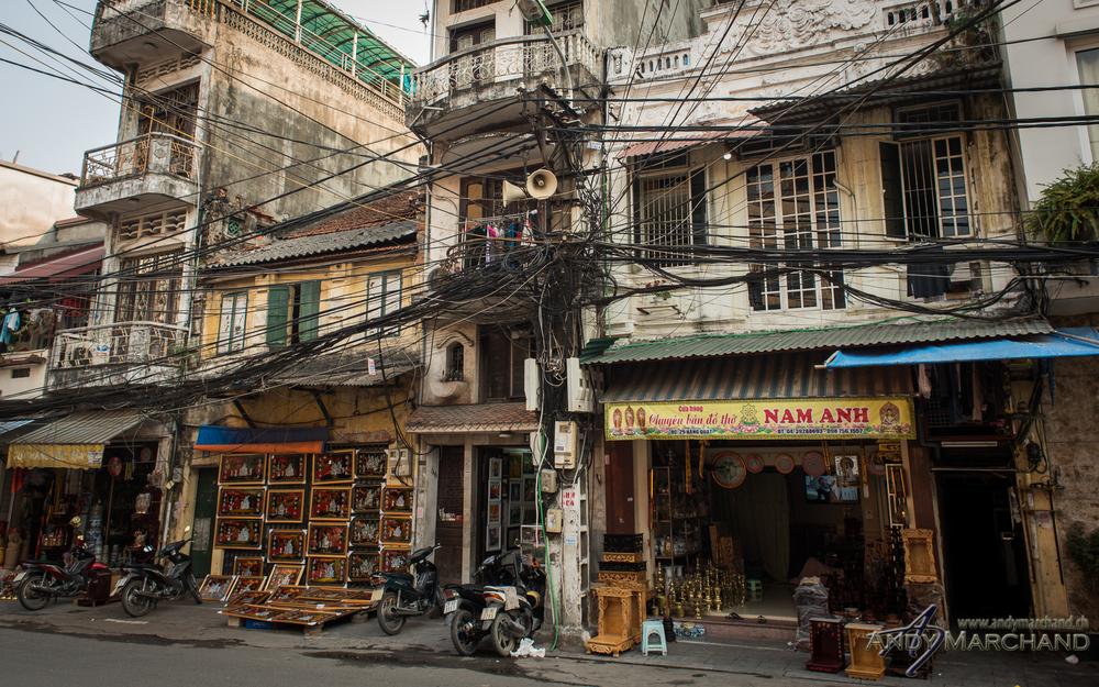 Vietnamese overground electricity grid