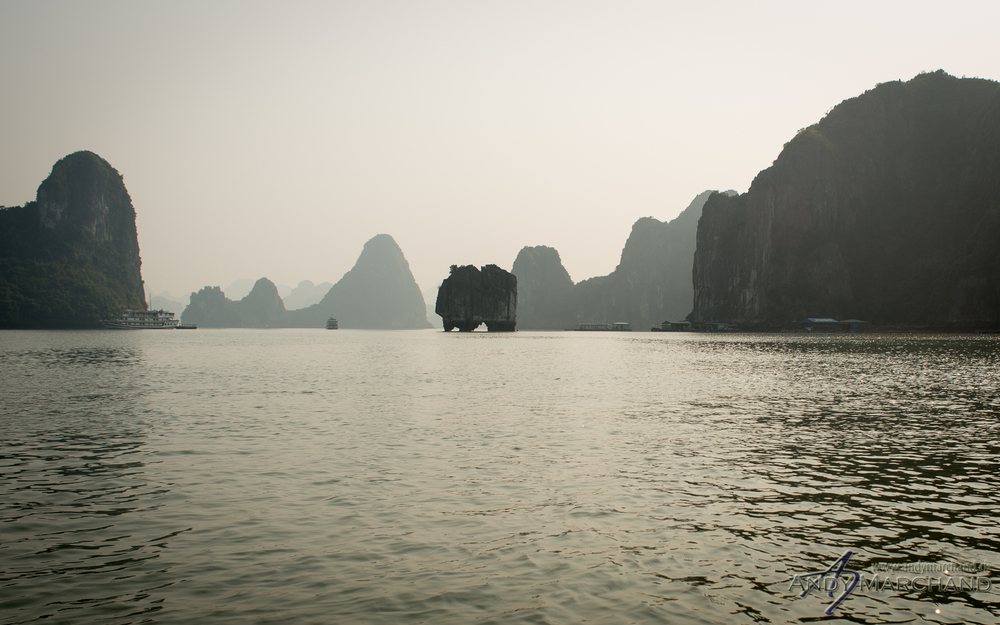 One of the most famous rock formations in Ha Long Bay has been imprinted on the back of the 200,000 dong note (worth about $8).
