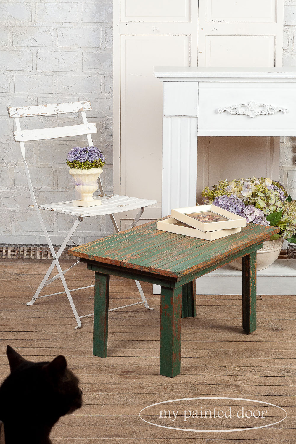 blooper photos - table painted with Homestead House milk paint in waterloo green - via My Painted Door (.com)