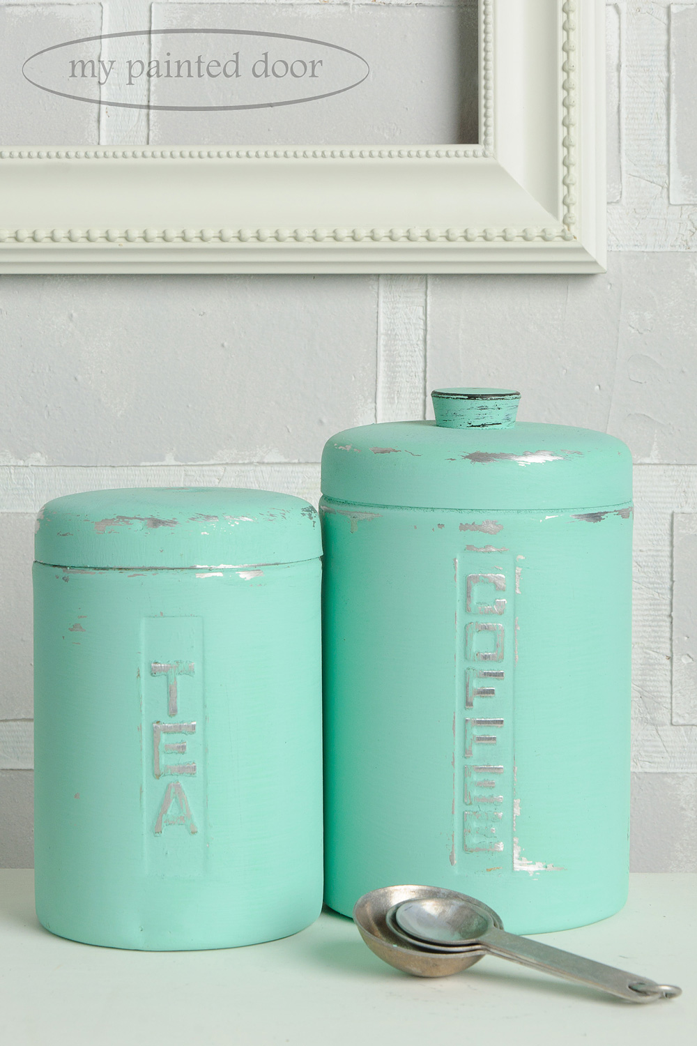 How to paint on metal with Fusion Mineral Paint - Cannisters painted in Laurentian.